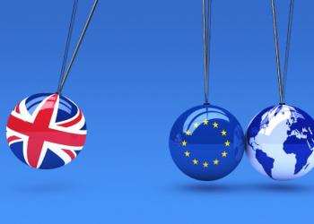 Bilder av tre kuler som illustrerer Storbritannia, EU og resten av verden.